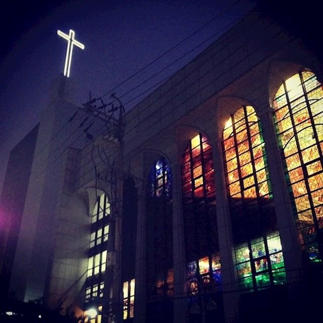 U Koreji je sve osvijetljeno, čak i križevi na crkvama.