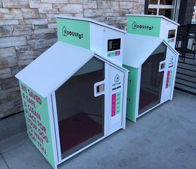 Ovaj trgovački lanac ispred ulaza ima male kućice za pse koje su opremljene klimatizacijom. To ih štiti na velikim vrućinama.