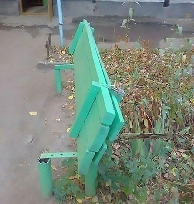 Klupe u Volgodonsku, Rusija