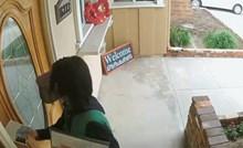 Dostavljač će se ove kuće još dugo sjećati, kamera je snimila što se dogodilo prilikom dostave pošte