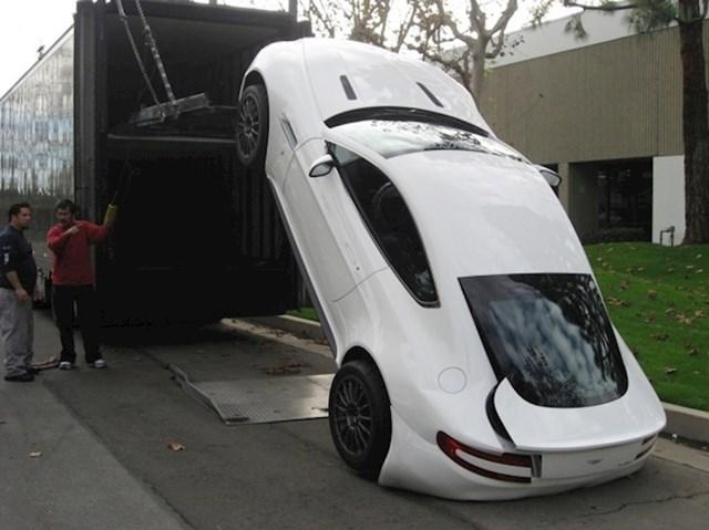 Neuspješna dostava Aston Martina vrijednog 200 tisuća dolara...