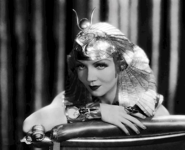 Claudette Colbert — Kleopatra (1934)