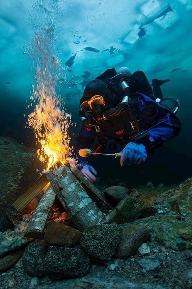 Tko kaže da je podvodno roštiljanje nešto nemoguće?