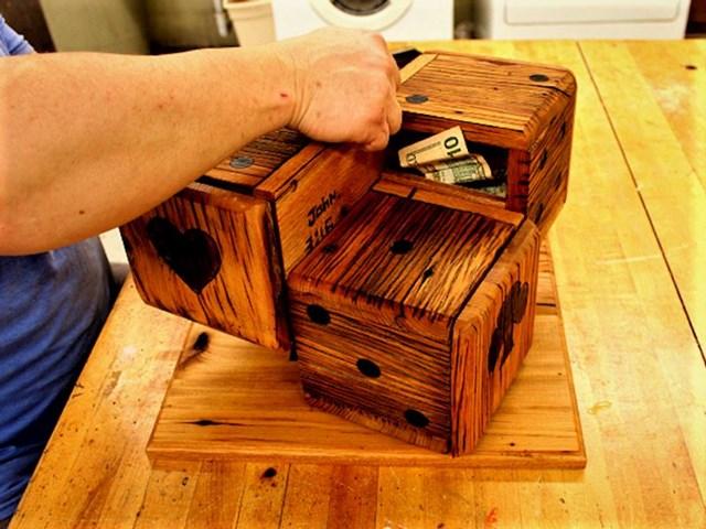 """""""Tata i ja napravili smo dekorativne kocke u kojima se mogu sakriti važne stvari."""""""