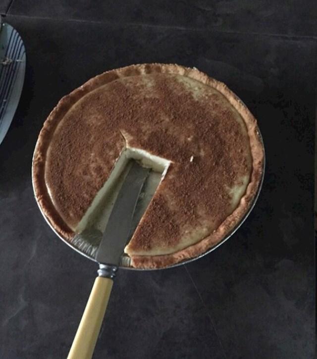 Ovako se ne reže kolač!