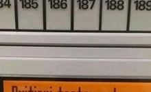 Kupac je u supermarketu vidio neočekivan tekst na vagi, za sve je kriv zarez