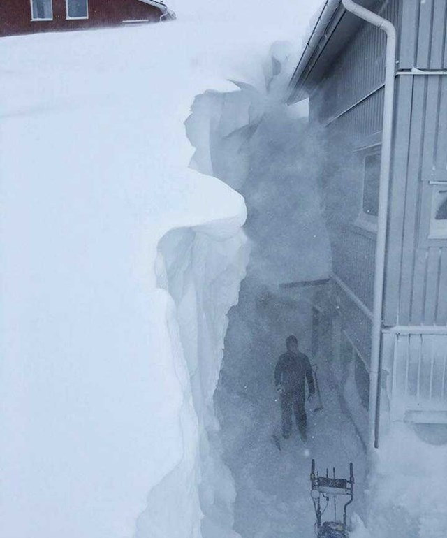 U ovom švedskom mjestu je bilo palo preko 4 metra snijega.