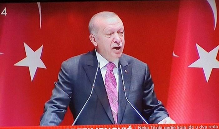 HRT-u se u vijestima dogodila urnebesna greška, pogledajte što je pisalo ispod Erdogana