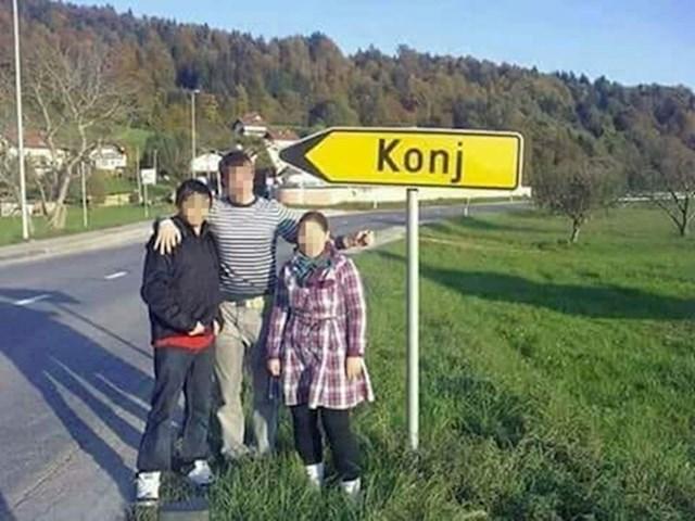 Pogledajte fotku koju su slikali kraj ceste: