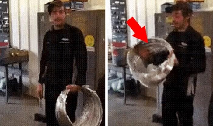 Snalažljivi lik je pokazao kako se u roku od par sekundi može sakriti od ostalih radnika