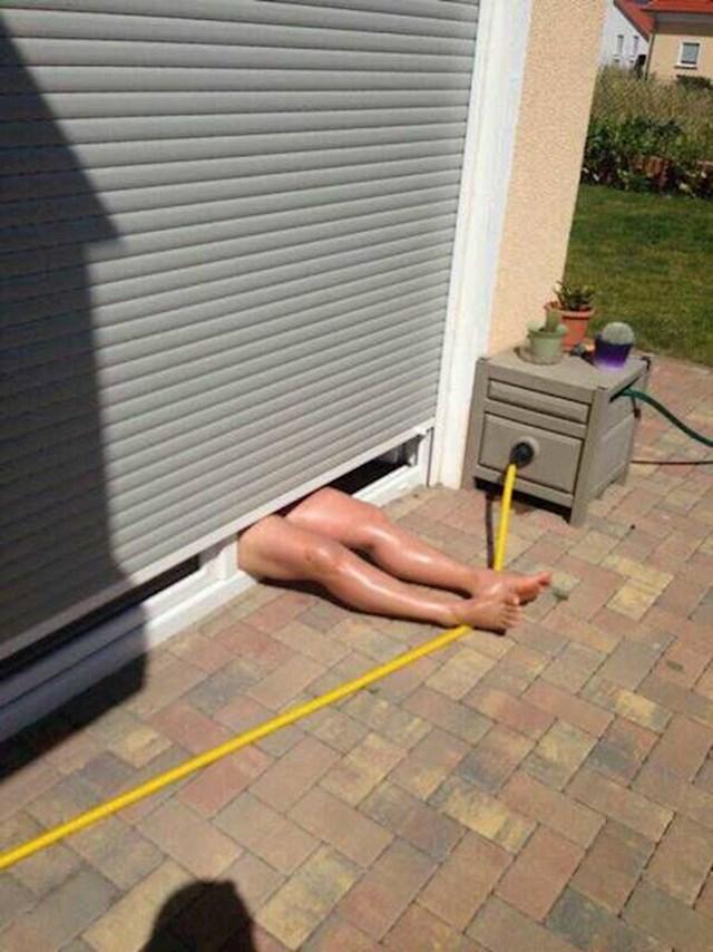 Kako sunčati samo noge