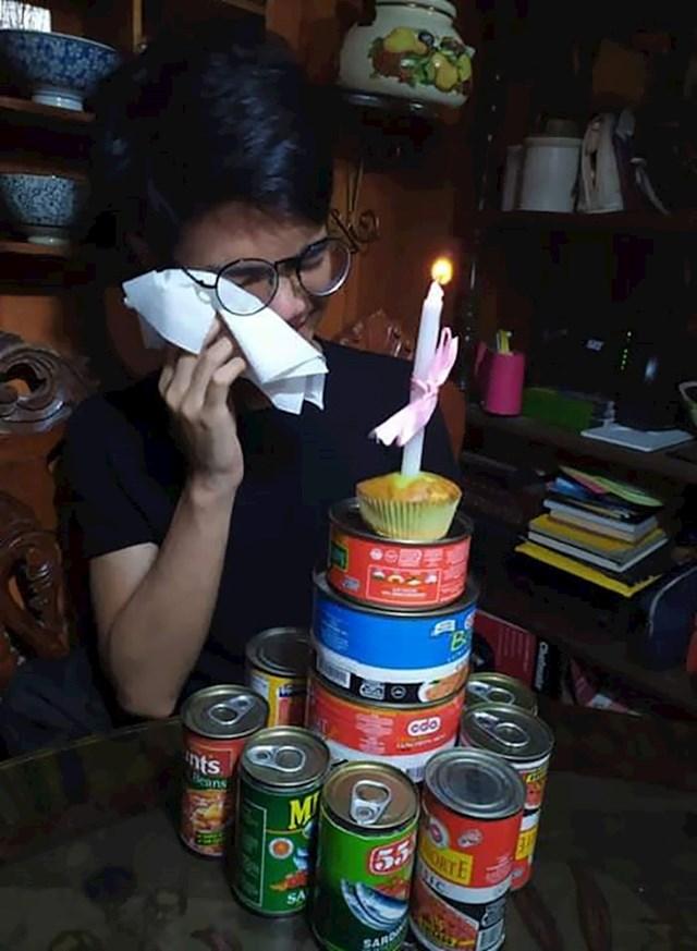"""""""Ovako je moj brat proslavio rođendan tijekom karantene."""""""