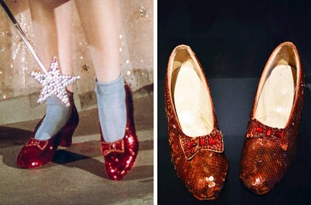 Crvene cipelice Dorothy iz Čarobnjaka iz Oza - 2 do 3 milijuna dolara