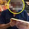 Ovaj muškarac je zbog svog načina zaštite od korone bio glavna atrakcija u supermarketu