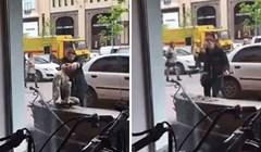 Čovjek nikako nije mogao shvatiti što se događa kad je ispred zgrade vidio ovu ženu