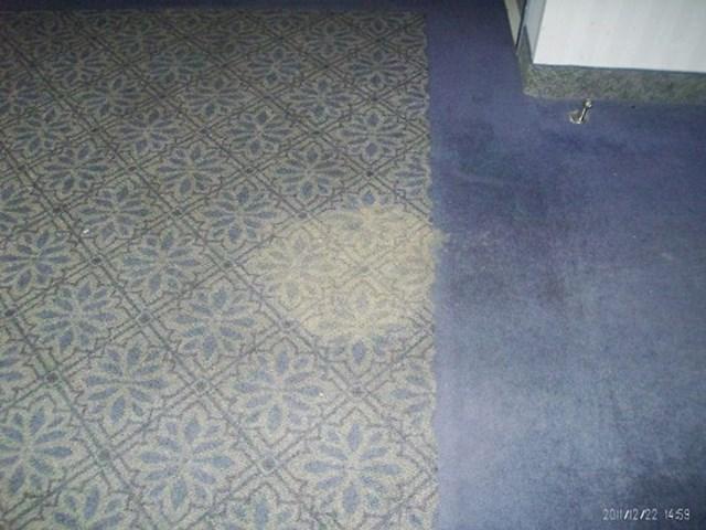 Netko se u hotelu ispovraćao po hodniku (i ne, ne izgleda baš kao da je svježe). Nikome nije palo na pamet da to skroz očisti.