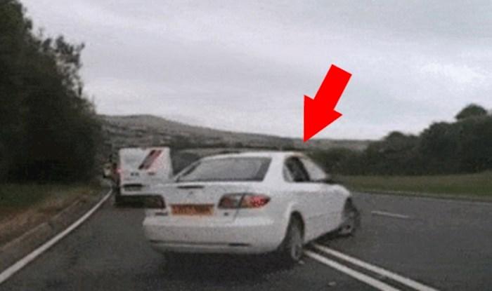 Zabrinjavajuća snimka pokazuje zbog čega ovakvo okretanje nasred ceste nije dobra ideja