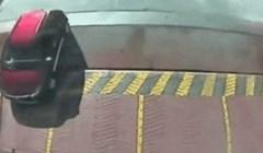 Evo što se dogodilo vozaču koji se u posljednji tren htio ubaciti na trajekt
