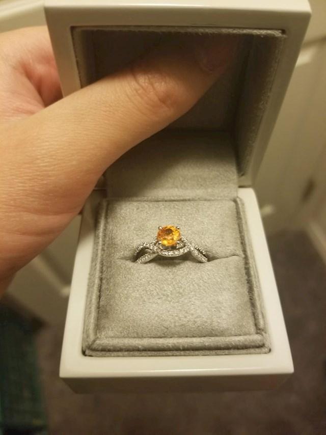 """""""Nabavio sam prsten jer sam htio zaprositi curu, a onda smo par dana prije toga prekinuli."""""""