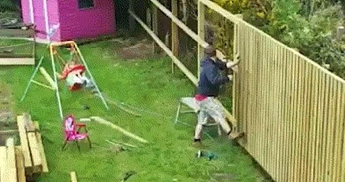 Tata je bio zauzet poslom u dvorištu, no smislio je način kako zabaviti kćerkicu
