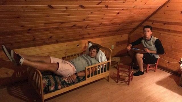 """""""Soba koju smo rezervirali za naš godišnji odmor nije bila ono što smo očekivali."""""""