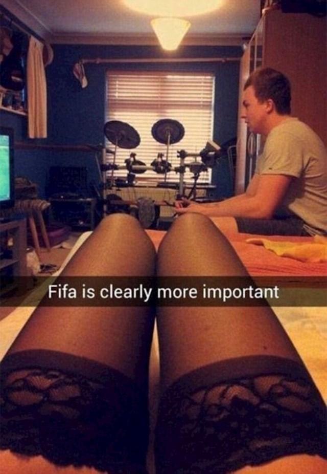 """""""FIFA je očito važnija."""""""