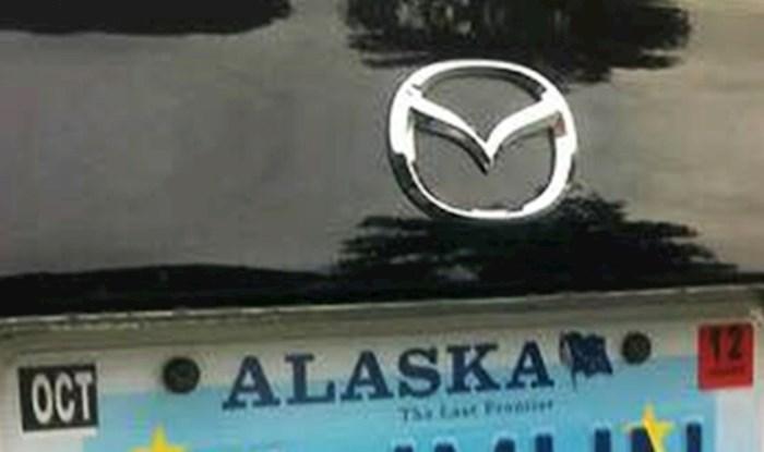 Kad je ugledao ove tablice, Hrvat je na Aljasci odmah shvatio da je vlasnik ovog auta zapravo s Balkana