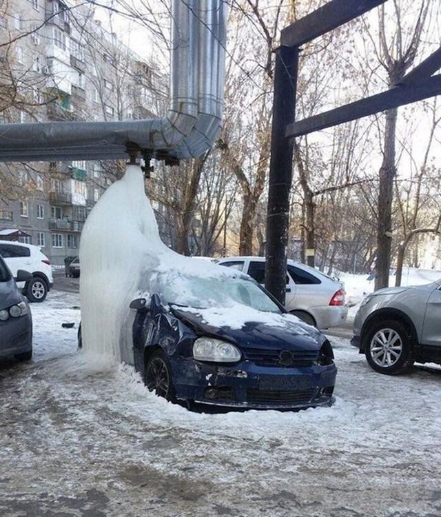 Ono kad parkiraš auto na krivom mjestu...