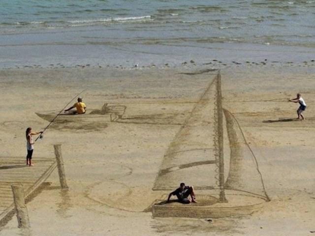 Na plaži su napravili genijalan 3D crtež...