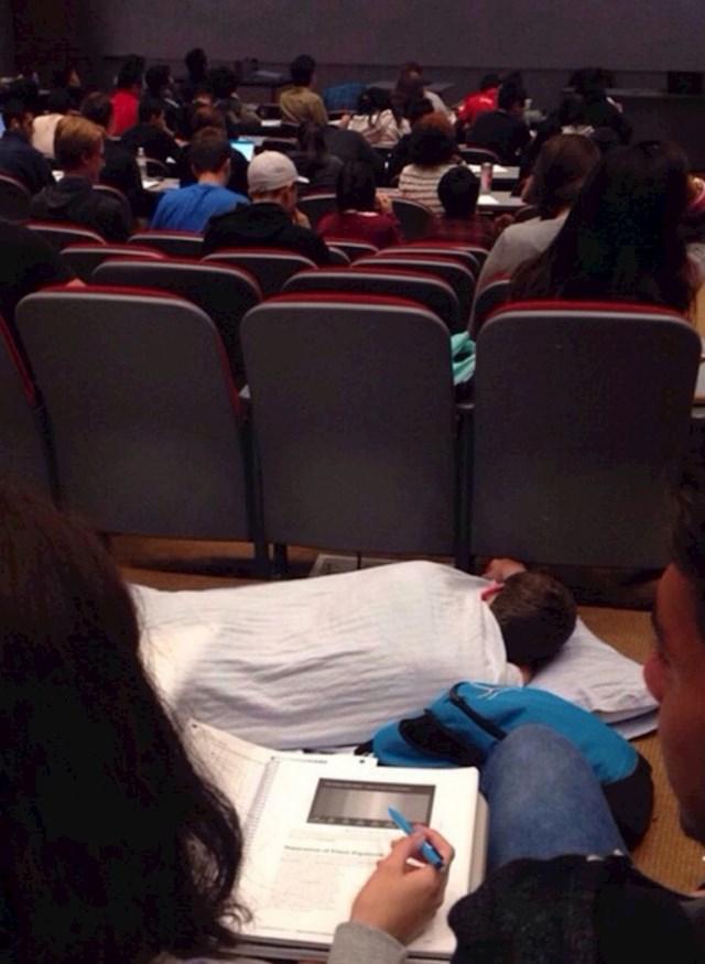 Jutarnja predavanja su najteža.