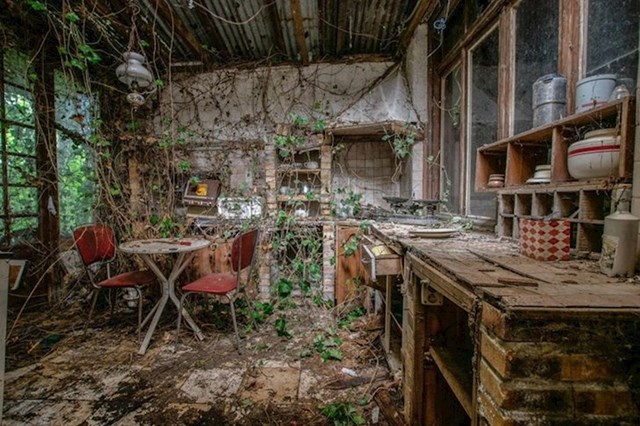 Napuštena kuća u Engleskoj