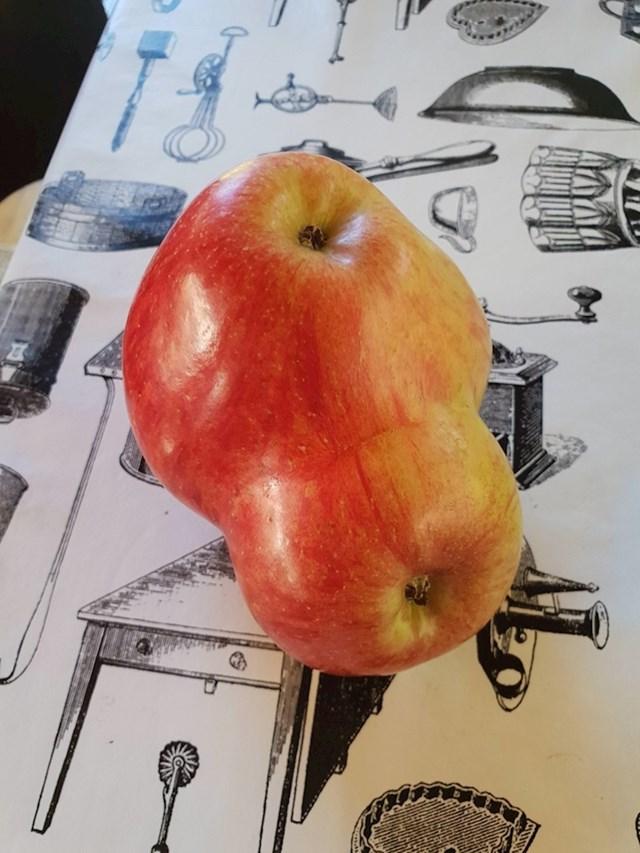 Dupla porcija jabuka