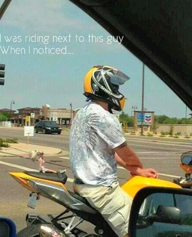 Išao je malo provozati curu...