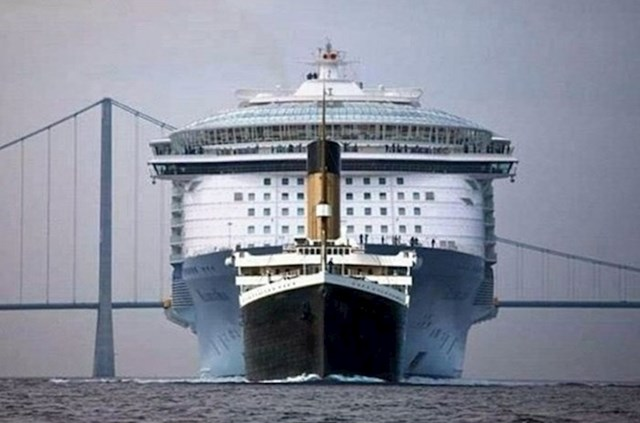 Titanic i moderni mega kruzer