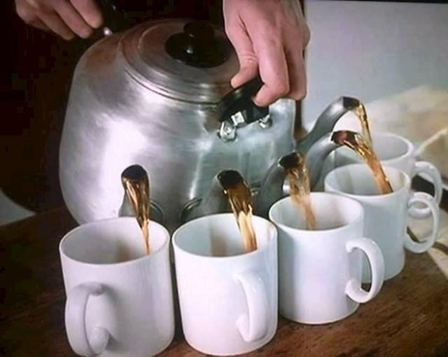 Čajnik za višestruko sipanje