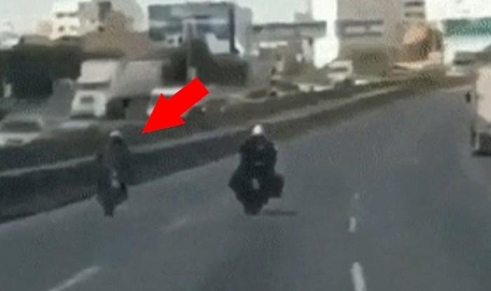 Policajac je na autocesti htio zaustaviti motorista, on se snašao na genijalan način