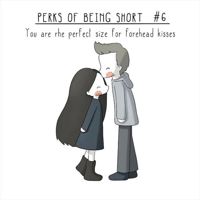 #6 Idealne ste visine za poljupce u čelo.