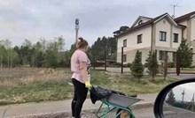 Čovjek se začudio kad je vidio kako je snalažljiva žena obavljala radove oko kuće