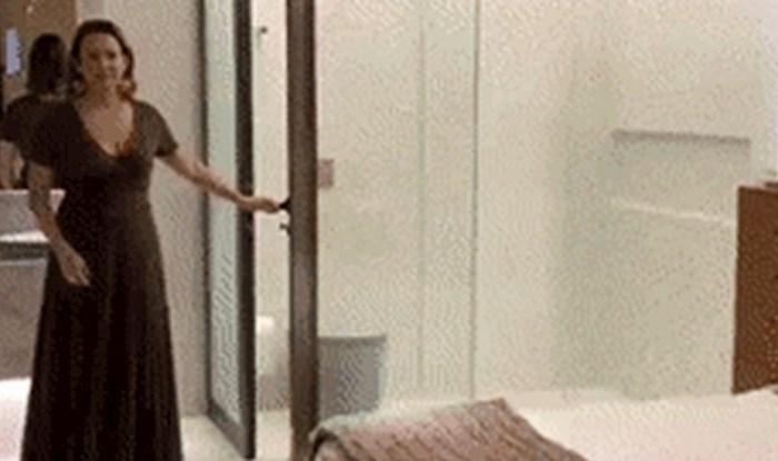 Začudio ih je prozirni zid kupaonice u hotelskoj sobi, no onda su primijetili nešto genijalno