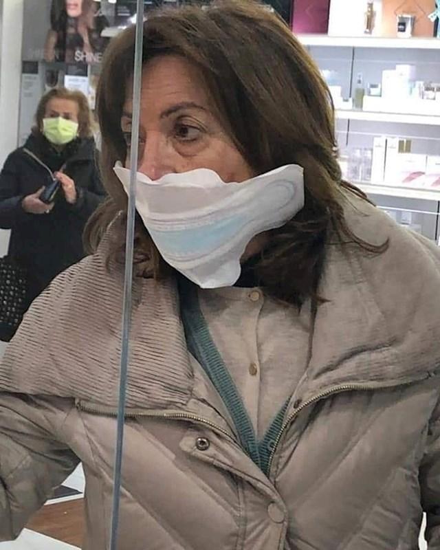 Ako nemate maske, dobro je i ovo.