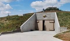 Ovaj luksuzni dom u bunkeru košta 3 milijuna dolara, izgleda kao da je iz neke video igrice