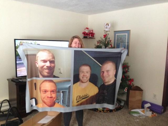 Sestri su za Božić poklonili veliki ručnik.