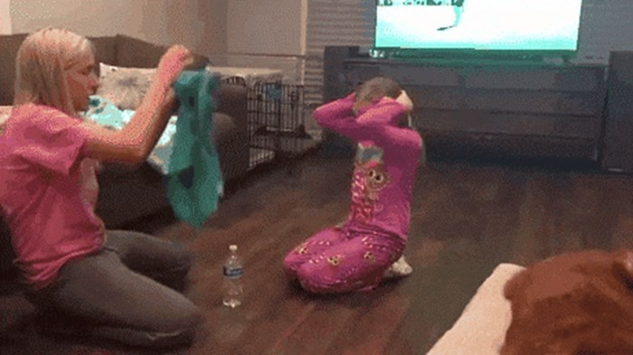 Mama je isplanirala podvalu pa zvala kćer, a onda se osramotila pred kamerom