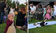 20 urnebesnih fotografija djece koja nikako nisu htjela prisustvovati na ovim vjenčanjima
