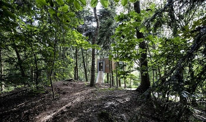 Ova bajkovita kućica na stablu za odrasle nalazi se u Danskoj, pogledajte kako izgleda iznutra