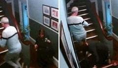Ovaj stariji par pretjerao je s nazdravljanjem, nisu se mogli popeti stepenicama