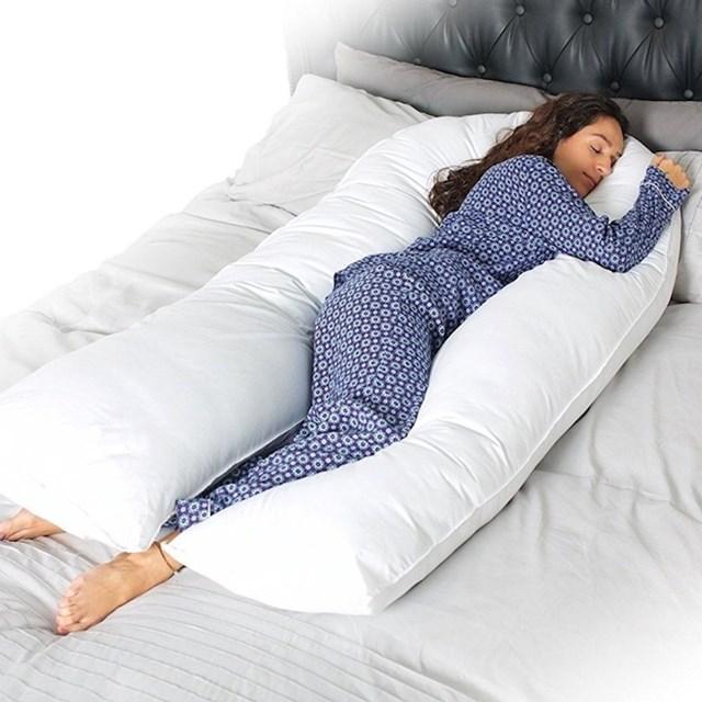 Što kažete na jastuk za cijelo tijelo?