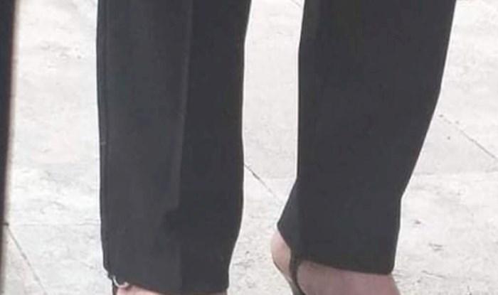 Još jedna fotka hit fotka iz Dalmacije; cijeli Fejs smije se onome što je na stopalima ove žene