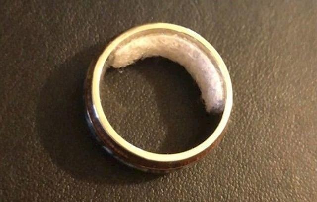 1. Ovako možete smanjiti prsten koji vam je prevelik