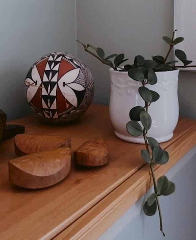 """5. """"Moj djed dizajnirao je oblik Dove sapuna. Ovo su neki drveni modeli koje imamo doma."""""""